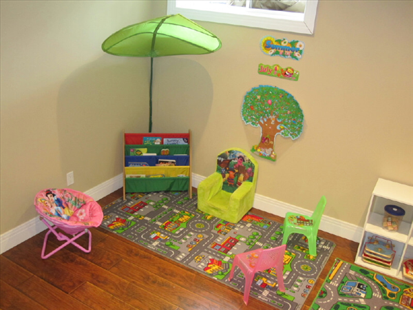 how to run a home daycare in ontario